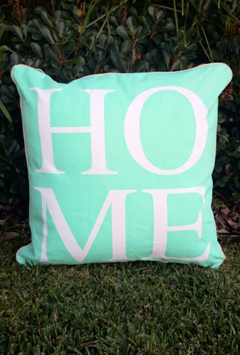 Cushion_home_mint
